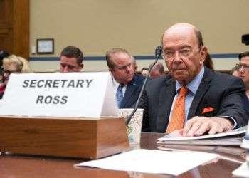 Foto de archivo del 12 de octubre de 2017, que muestra al secretario de Comercio estadounidense Wilbur Ross en una comparecencia en la cámara baja para informar sobre los preparativos para el censo 2020, en Washington. Foto: J. Scott Applewhite / AP / Archivo.