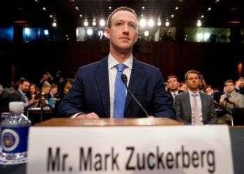 El director general de Facebook, Mark Zuckerberg, inicia dos días de audiencias ante el Congreso por un escándalo de privacidad que afecta a su empresa, el martes 10 de abril de 2018 en Washington. Foto: Andrew Harnik/AP.
