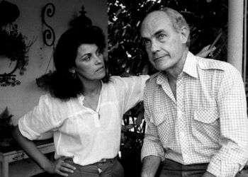 Gutiérrez Alea junto a su esposa, la actriz Mirta Ibarra. Foto: encaribe.org