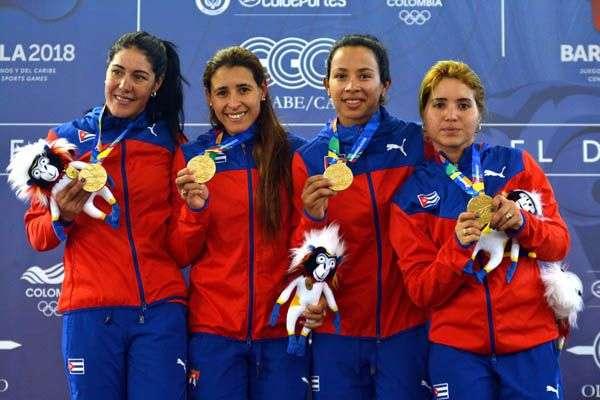 Las cubanas lograron el oro en la persecución por equipos del ciclismo de pista. Foto: Omara García / ACN.