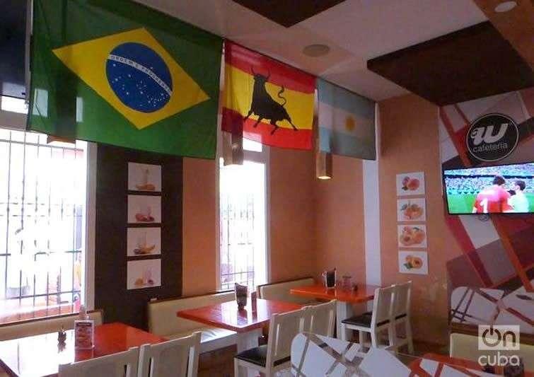 Cafetería Wapa. Foto: Angel Marqués Dolz.