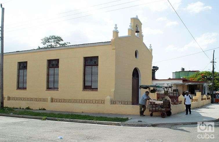 La iglesia de Mantilla. Foto: Otmaro Rodríguez.