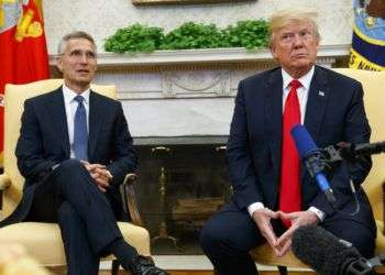 Donald Trump y Jens Stoltenberg, secretario general de la OTAN. Foto Evan Vucci/AP.