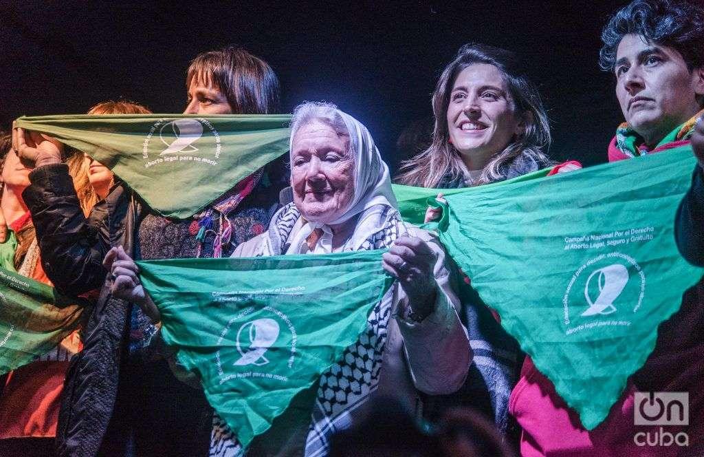"""""""No era feminista, hasta que se llevaron a mi hijo"""", dijo Nora Cortiñas, Presidenta de Madres de Plaza de Mayo-Línea fundadora. Foto: Kaloian."""