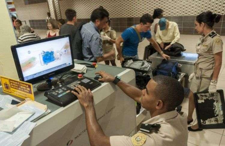 Aduana de Cuba. Foto: Roberto Suárez/Juventud Rebelde/Archivo.