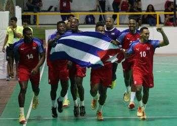 El oro del balonmano masculino, luego de 25 años sin lograrlo, fue una de las mejores noticias para Cuba en la en Barranquilla 2018. Foto: @Bquilla2018 / Twitter.