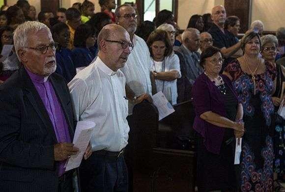 Religiosos cubanos y estadounidenses celebraron juntos en La Habana elaniversario 70 de la creación del Consejo Mundial de Iglesias. Foto: Irene Pérez / Cubadebate.