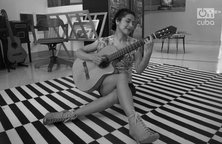 """La cantautora mexicana afirma que trae mucha música para toda la familia, en un show donde algunos mayores recordarán """"Aires del Mayab"""", """"El son de la negra"""", o """"Huapango"""", y las nuevas generaciones las conocerán sin perder la esencia de la tradición. Foto: Otmaro Rodríguez."""