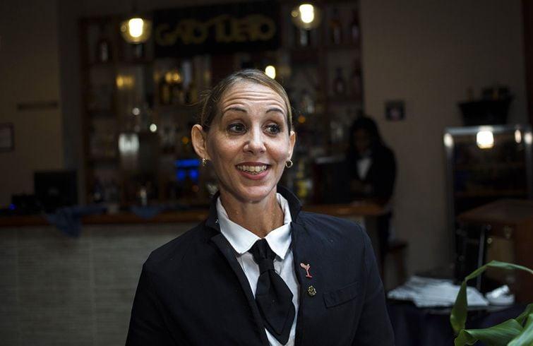 La cantinera cubana Bárbara Betancourt. Foto: Desmond Boylan / AP.