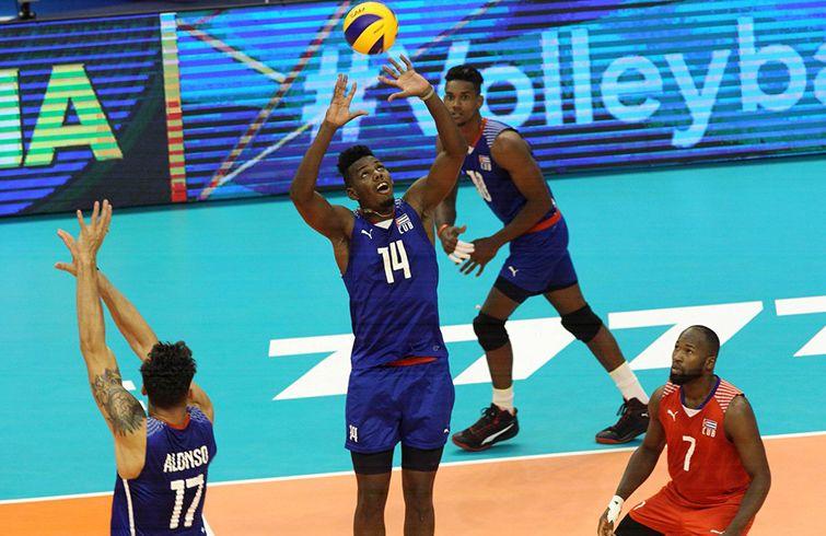 Tras participar en los Juegos Olímpicos de Río 2016, el voleibol cubano tendrá un duro camino clasificatorio rumbo a Tokio 2020. Foto: @FIVBVolleyball / Twitter.