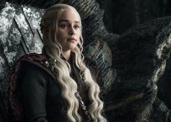 Daenerys Targaryen (Emilia Clarke) en Juego de Tronos.