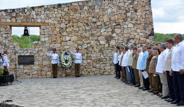 Conmemoración oficial por el aniversario 150 del inicio de las guerras por la independencia de Cuba en La Demajagua, con la presencia de las principales autoridades cubanas. Foto: Juvenal Balán / Granma.