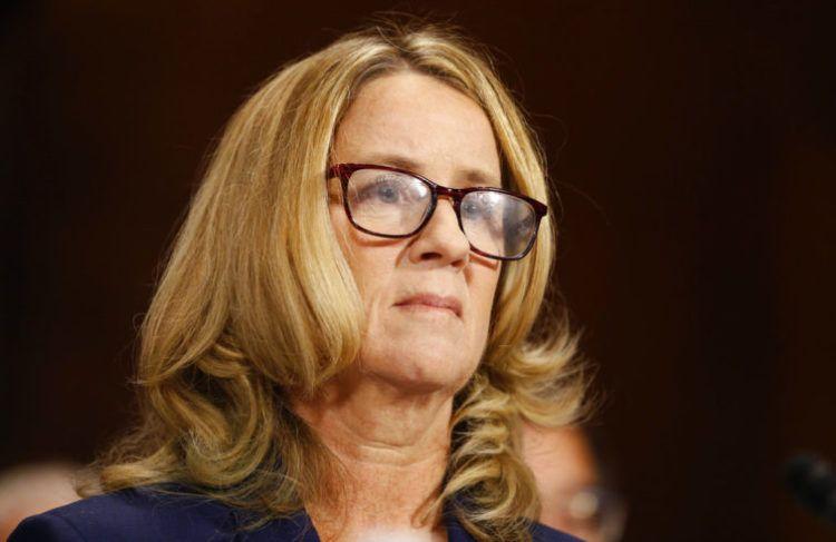 Christine Blasey Ford arriba al Congreso para presentar su declaración en la audiencia de la Comisión de Asuntos Jurídicos del Senado, Washington, jueves 27 de septiembre de 2018. Foto: Michael Reynolds/via AP.