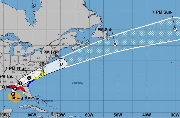 Florida enfrenta el embate del huracán Michael, que según los pronósticos tocará tierra en algún punto del noroeste del estado este miércoles. Infografía: nhc.noaa.gov
