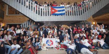 Foto de archivo de emigrados cubanos en Europa durante un encuentro de tres días en Bruselas, en 2018. Foto: @SoberonGuzman / Twitter / Archivo.