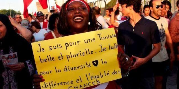 """""""Estoy por un Tunez bello y plural. Yo lucho para la diversidad en la diferencia y la igualdad de oportunidades"""" (Foto: viral en Twitter)"""