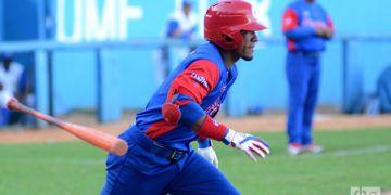 Los Caimanes de Barranquilla de la Liga Colombiana tienen interés en contratar los servicios de Roel Santos. Foto: Ricardo López Hevia