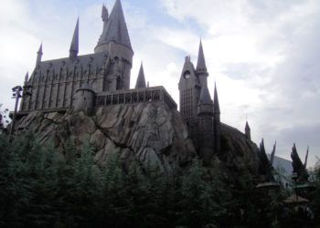 El Colegio Hogwarts de Magia y Hechicería perteneciente al universo de Harry Potter.