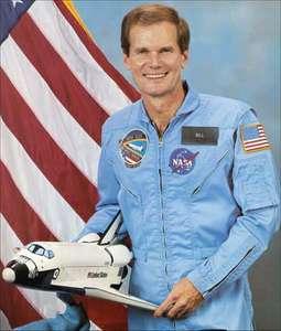 Bill Nelson, en sus años de astronauta. Foto: britannica.com