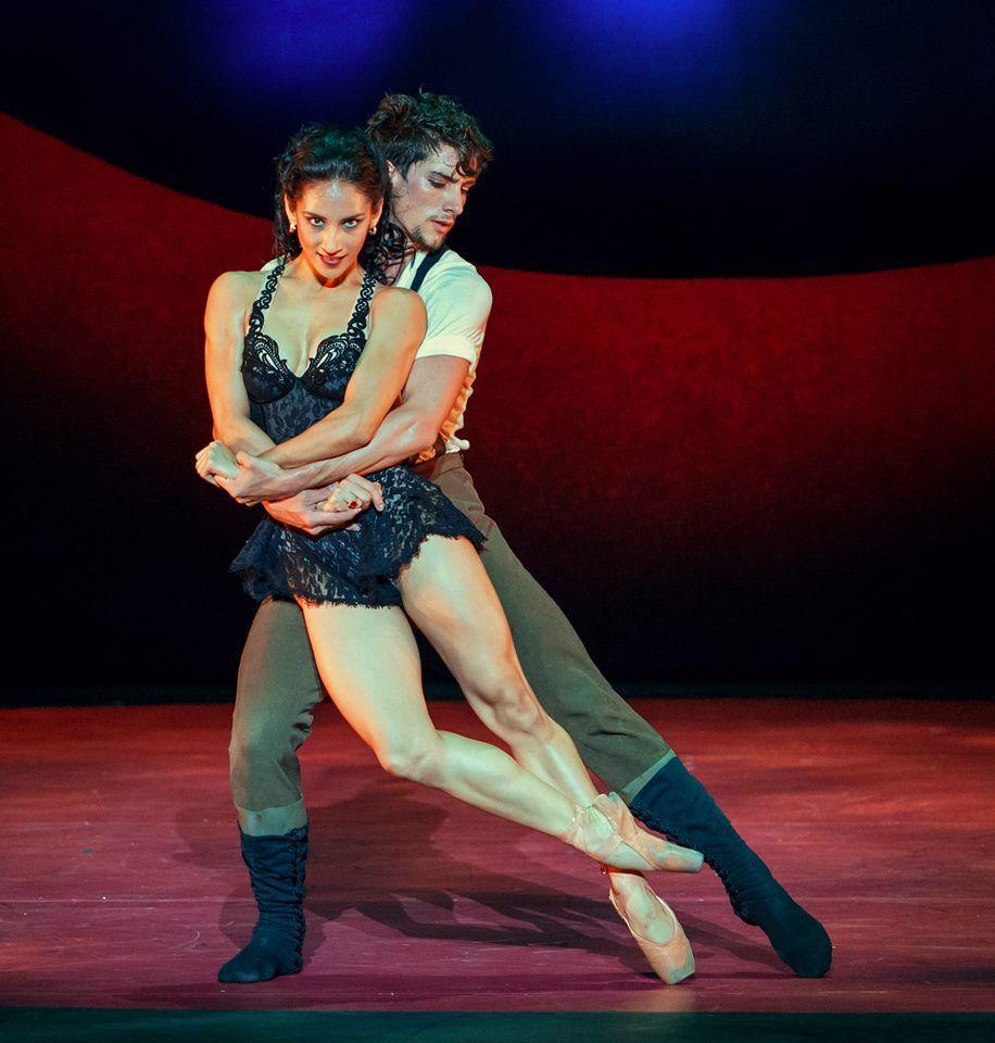 """En la imagen los bailarines Laura Rodríguez y Javier Rojas en """"Carmen"""". Foto: Polina Koroleva."""