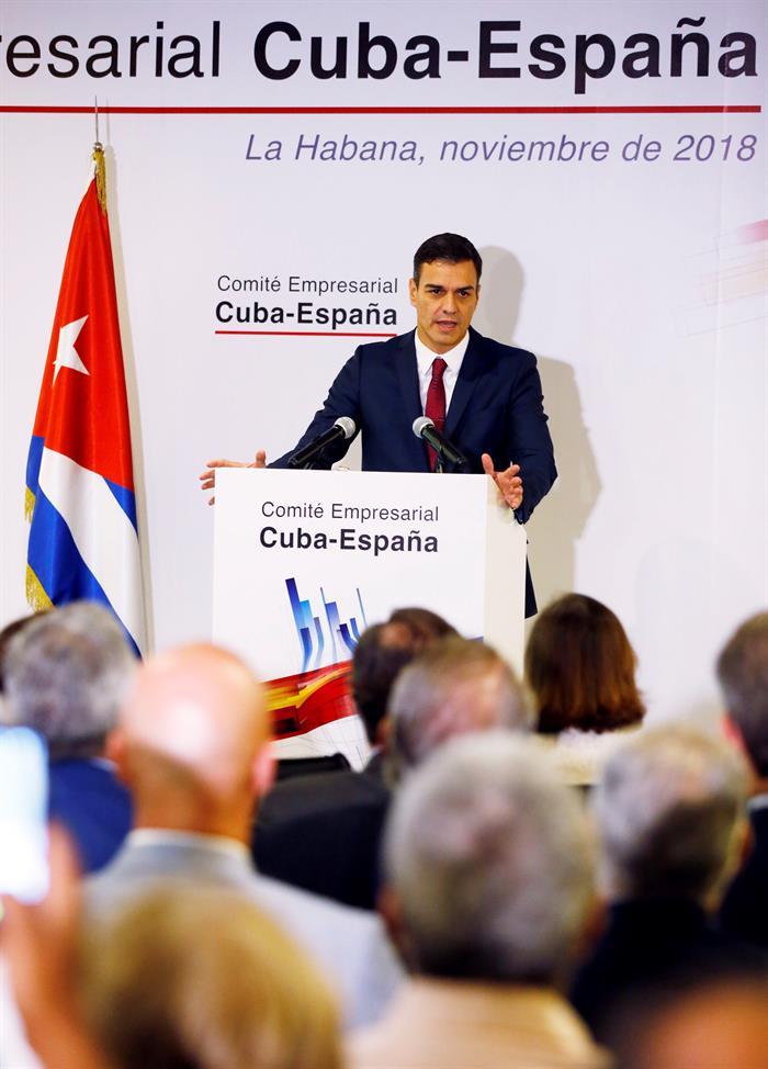 Pedro Sánchez en Cuba. Foto: EFE.