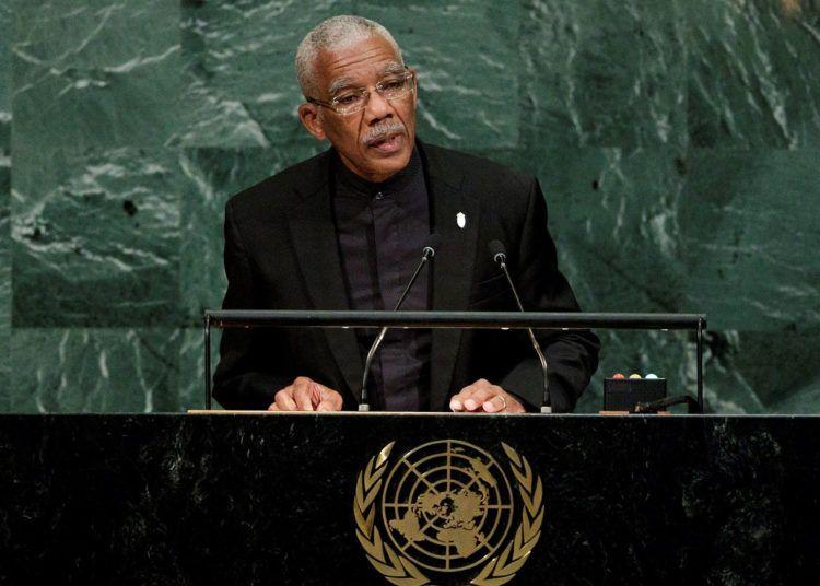 Imagen del 20 de septiembre de 2017 que muestra al presidente de Guyana, David Granger, durante una intervención en la Asamblea General de la ONU, en Nueva York. Foto: Justin Lane / EFE / Archivo.