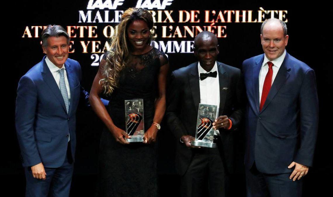 Caterine Ibargüen y Eliud Kipchoge recibieron el premio de Atletas del Año de la IAAF. Foto: Eric Gaillard (Reuters)