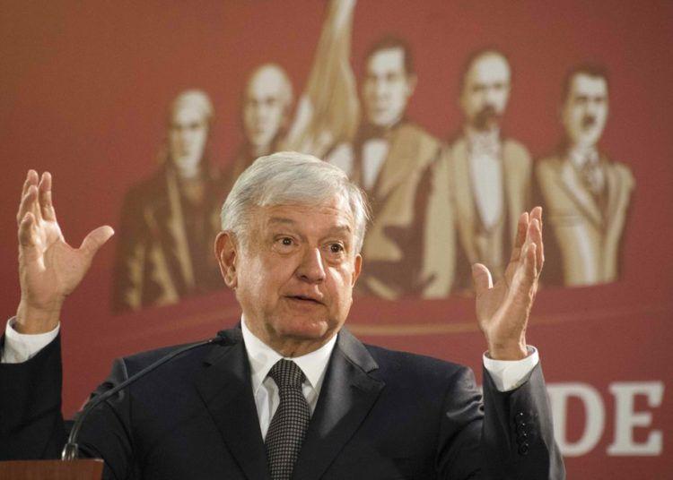 El presidente de México, Andrés Manuel López Obrador, celebra su primera conferencia de prensa como presidente en la Ciudad de México, el lunes 3 de diciembre de 2018. Foto: Christian Palma / AP.
