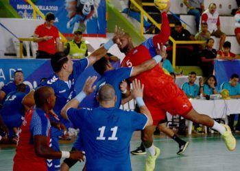 Cuba volvió a planos estelares en el balonmano masculino de los Centrocaribe, con una escuadra que promete mucho de cara al final del presente ciclo olímpico. Foto: Ricardo López Hevia / Archivo.