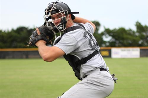 De la Calle continúa su largo viaje por el béisbol y desconoce dónde termina. Foto: Tomada de The Reporter