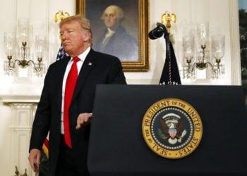 El presidente Donald Trump tras finalizar un discurso sobre el cierre parcial del gobierno en la Casa Blanca, Washington, 19 de enero de 2019. Foto: Alex Brandon / AP.