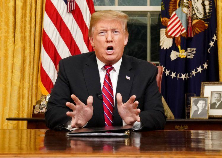 El presidente Donald Trump da un discurso en la Oficina Oval de la Casa Blanca, el martes 8 de enero de 2019, en Washington. Foto: Carlos Barria / Pool Photo vía AP.
