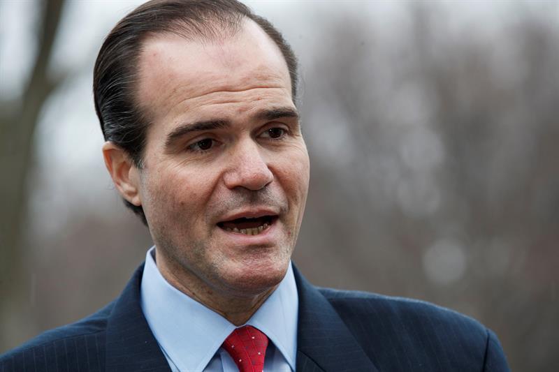 El director para Asuntos de Latinoamérica del Consejo de Seguridad Nacional, Mauricio Claver-Carone. Foto: Shawn Thew/EFE.