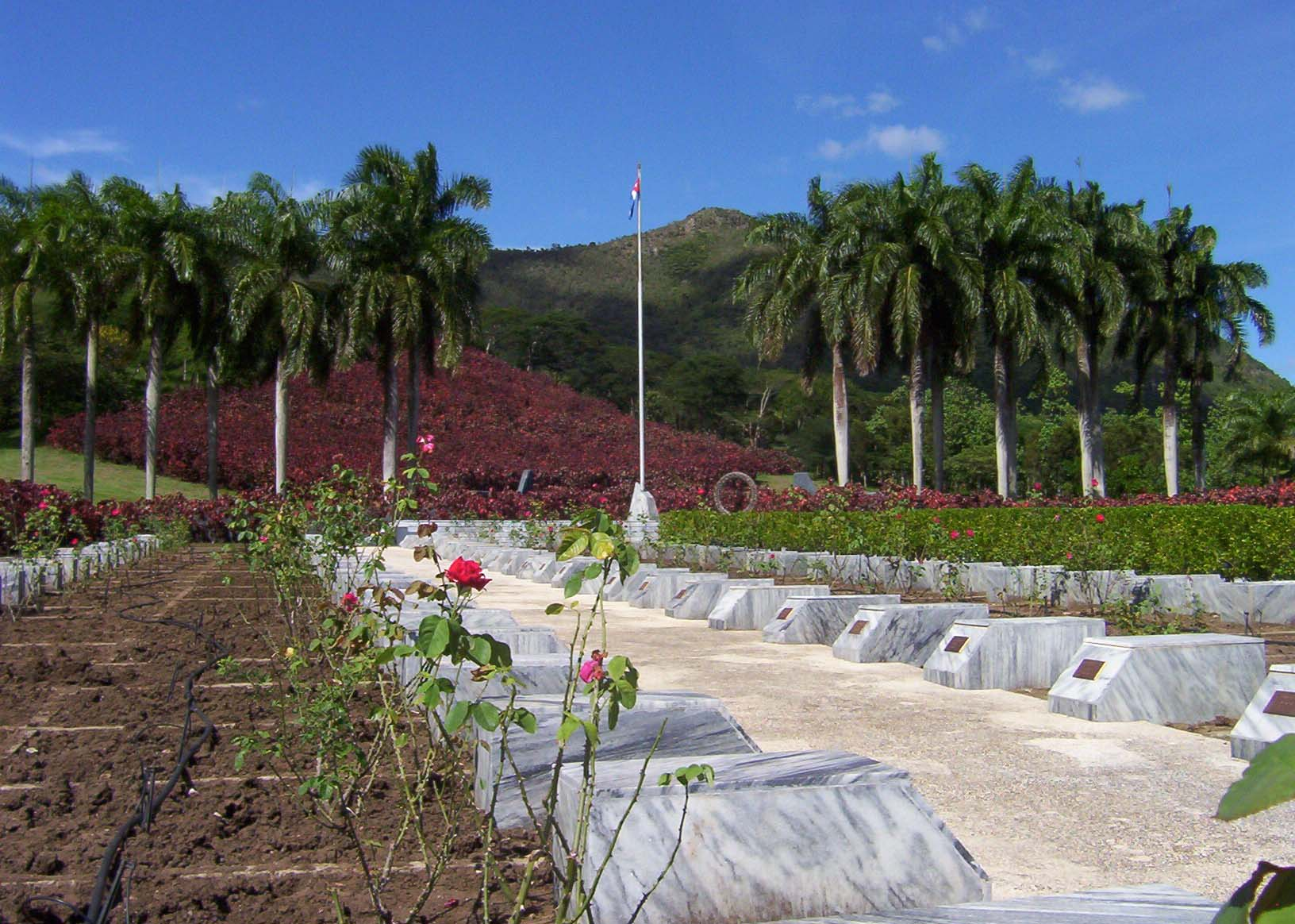 "Mausoleo del Segundo Frente Oriental ""Frank País"", en Santiago de Cuba. Foto: cubarte.cult.cu"