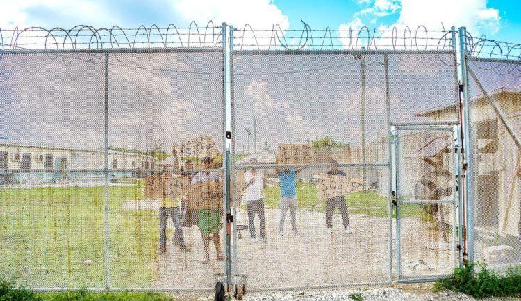 Protesta de migrantes cubanos en Islas Caimán. Foto: noticiassin.com