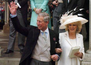 El príncipe Carlos, heredero de la corona británica, y su esposa, la duquesa Camila. Foto: cosas.pe