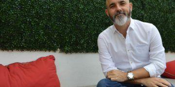 Juan E. Shamizo, fundador de Vedado Social Club. Foto: Marita Pérez Díaz.