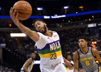 Pese a contar con el as Anthony Davis (23), los New Orleans Pelicans están fuera de la lucha por la postemporada. (AP Foto/Brandon Dill)