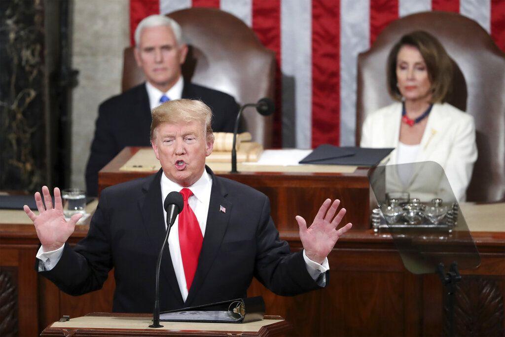 El presidente Donald Trump pronuncia su discurso sobre el Estado de la Unión en sesión conjunta del Congreso en el Capitolio de Washington el martes 5 de febrero de 2019. (AP Foto/Andrew Harnik)