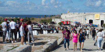 Feria Internacional del Libro de La Habana 2019, en la fortaleza de San Carlos de La Cabaña. Foto: Otmaro Rodríguez.