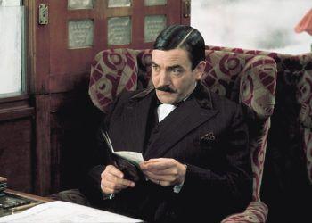 El fallecido actor británico Albert Finney en el papel del célebre detective Hércules Poirot, por el que fue nominado al Oscar. Foto: Pinterest.