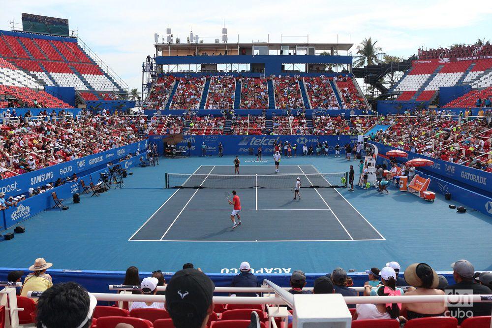 Cancha central del torneo ATP 500 de Acapulco. Foto: Jesús Adonis Martínez.