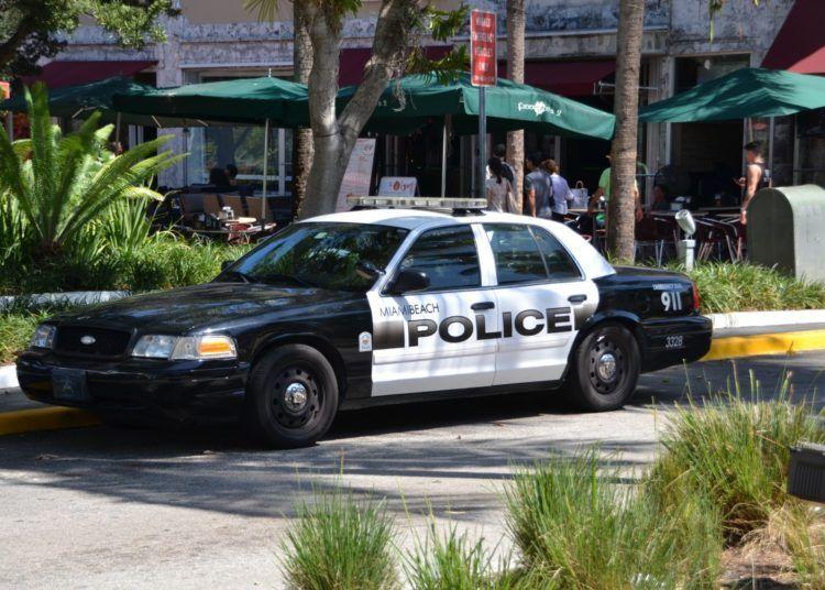"""La tercera víctima """"escapó de Zamora y llamó a la línea de emergencia 911"""". Foto: pxhere.com"""