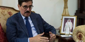 El Dr. Hamad Bin Abdulaziz Al-Kawari, Ministro de Estado y asesor del Emir de Catar. Foto: Otmaro Rodríguez.