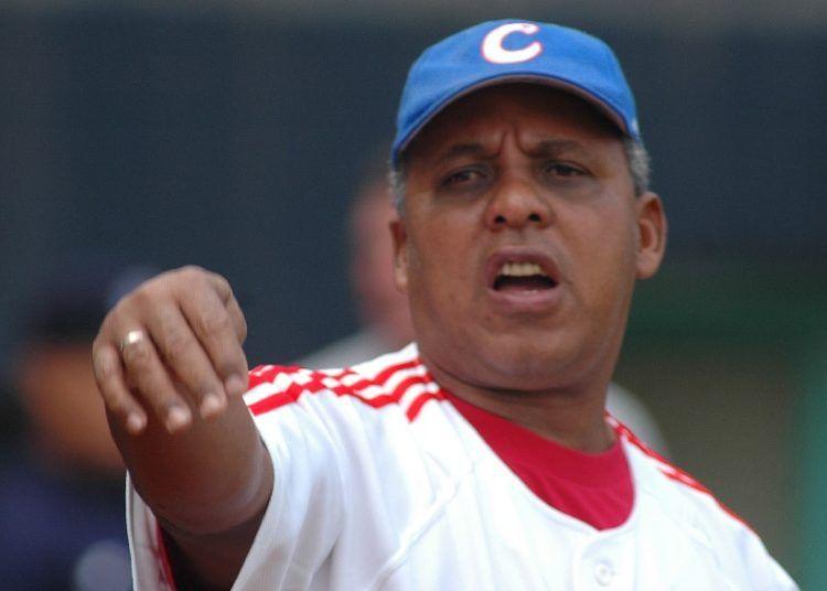 El posible regreso de Rey Vicente Anglada a la dirección del equipo Cuba desataría una tremenda polémica. Foto: José Luis Anaya