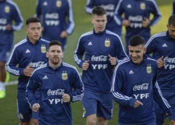 El delantero Lionel Messi durante un entrenamiento de la selección de Argentina en Madrid, el lunes 18 de marzo de 2019. Foto: Bernat Armangue / AP.