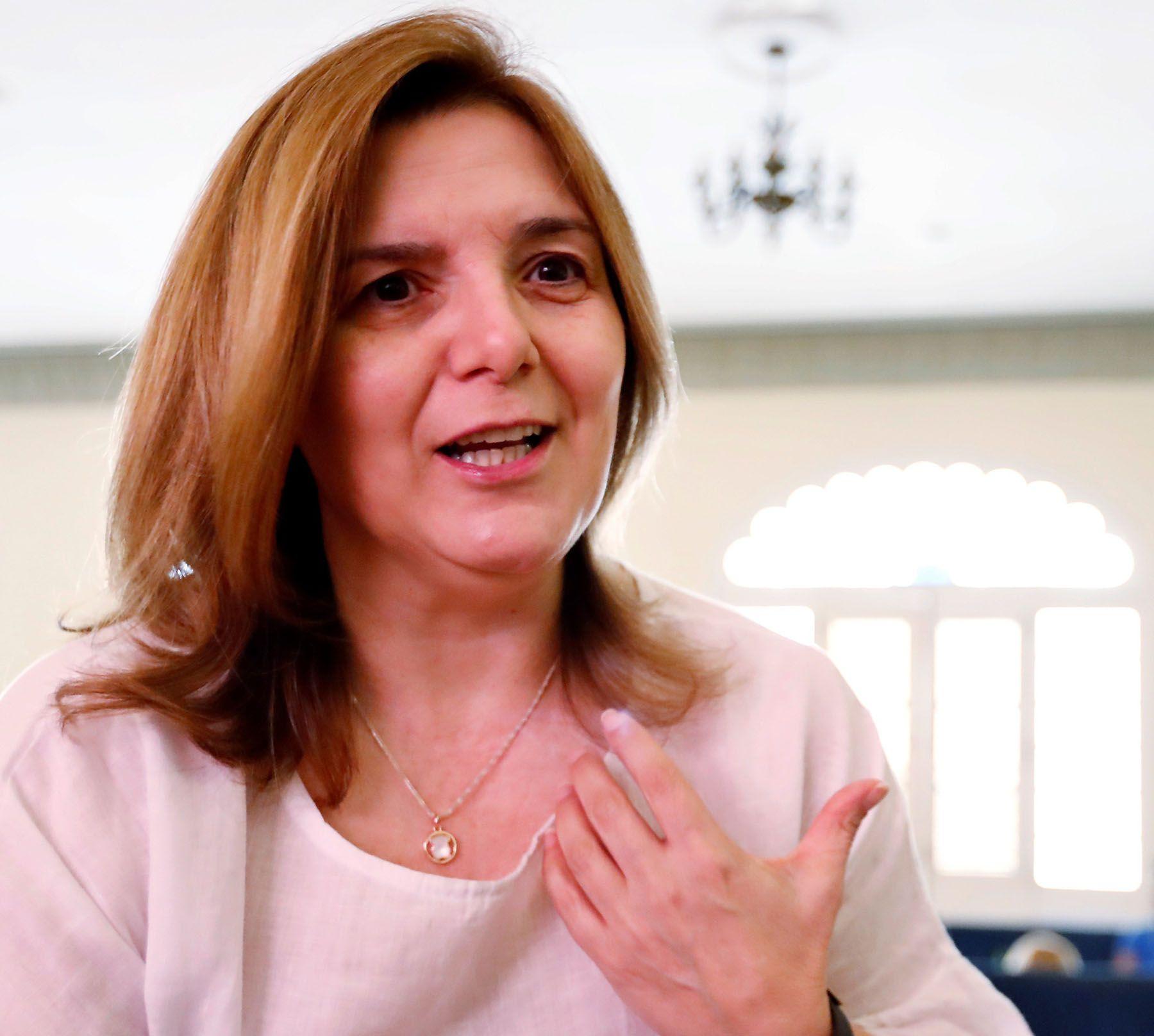 La diputada del Partido Socialista Obrero Español (PSOE), Pilar Cancela, en una entrevista con la egncia EFE durante su visita a la Cuba, el 22 de marzo de 2019. Foto: Ernesto Mastrascusa / EFE.