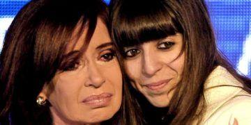 La ex presidenta Cristina Fernández de Kirchner publicó en su cuenta en Twitter un video donde explica el estado de salud de su hija Florencia Kirchner. Foto: CEDOC.
