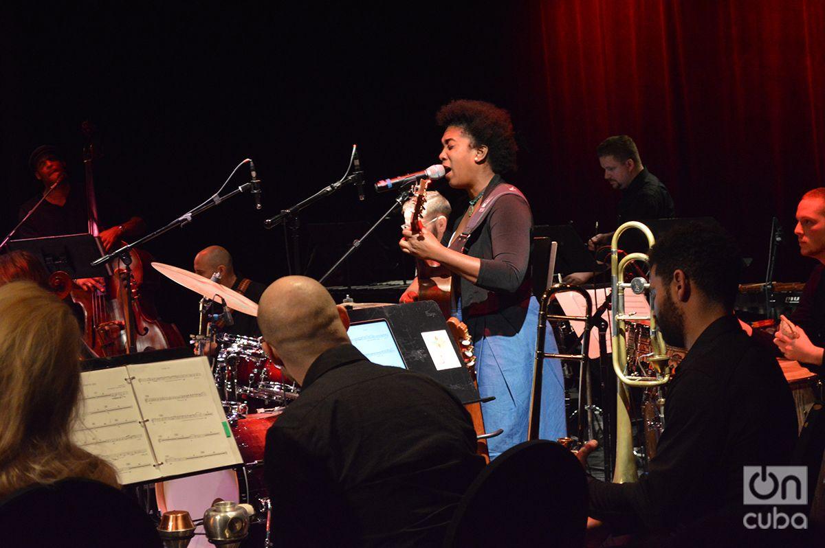 Yusa durante el primer concierto del Global Cuba Festival 2019 en el Light Box en Miami.