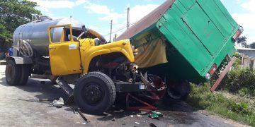 Accidente de tráfico en la carretera a San Juan y Martínez, en Pinar del Río, en abril de 2019. Foto: Periódico Guerrillero / Archivo.
